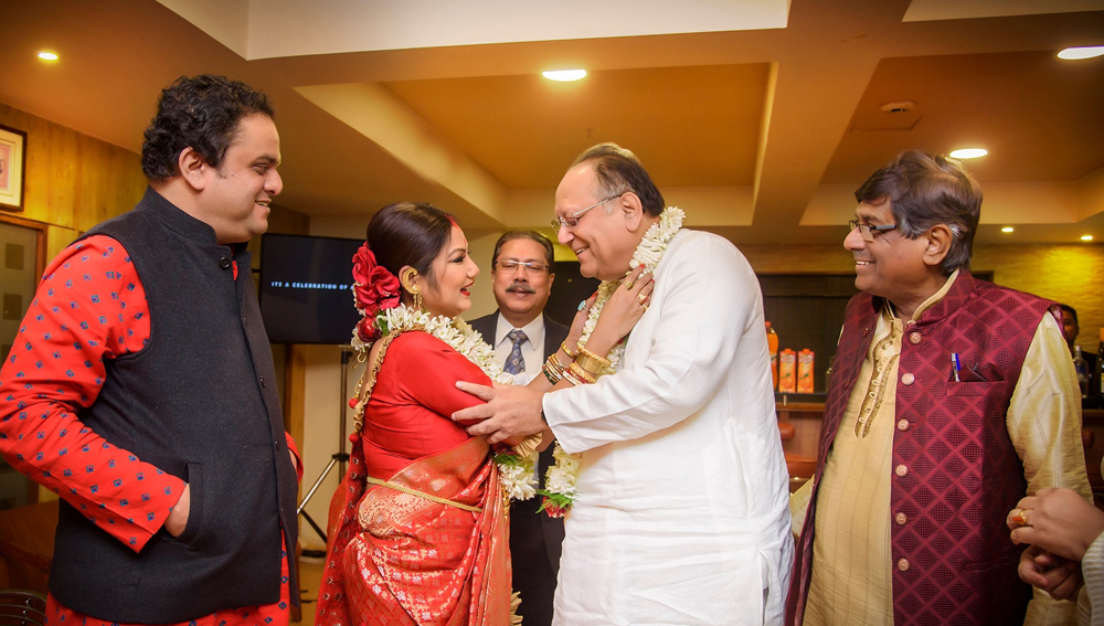 Dipankar Dey and Dolon Roy Love Story