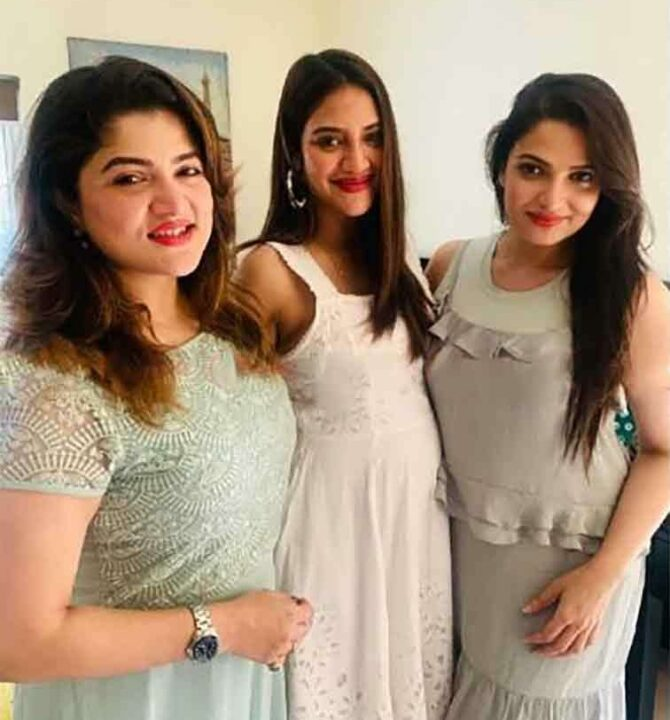 Nusrat Jahan's latest pic flaunting baby bump goes viral